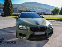 BMW M6 helfoliert-i-military-green-morkere-lykter-3