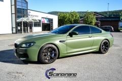 BMW M6 helfoliert-i-military-green-morkere-lykter-5