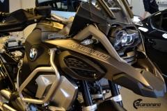 BMW-R-1250-GS-MC.-Delfoliert-i-2-farger.Satin-Dark-Grey.Matt-Diamond-Black-3