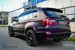 BMW X5 foliert i matt midnight purple pwf-11