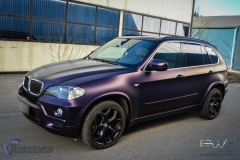 BMW X5 foliert i matt midnight purple pwf-12