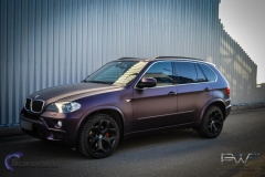 BMW X5 foliert i matt midnight purple pwf-3