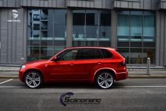 BMW X5 helfoliert med Ruby Red Fra PWF