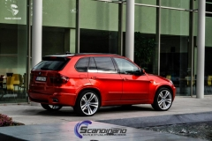BMW-x5-helfoliert-i-red-gloss-fra-pwf-11