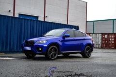 BMW X6 foliert i Gloss Blue