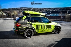 BMWX5 foliert i Atomic Lime fra PWF-20