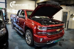 chevrolet silverado foliert white gloss Scandinano