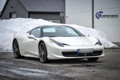 Ferrari foliert i Scandinano Satin Pearl White_-2
