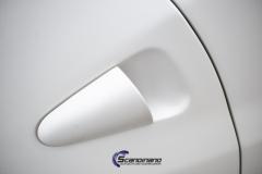 Ferrari foliert i Scandinano Satin Pearl White_-8