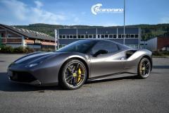Ferrari foliert med  grey