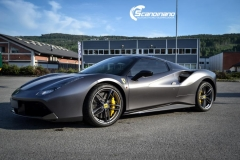 Ferrari foliert by Scandinano_