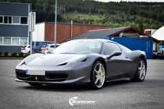 Ferrari foliert Satin dark grey Scandinano_-4