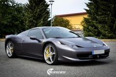 Ferrari foliert Satin dark grey Scandinano_