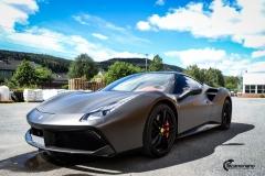 Ferrari helfoliert i Matt Diamond Black fra PWF-1