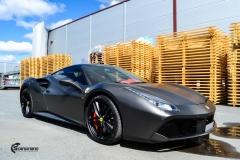 Ferrari helfoliert i Matt Diamond Black fra PWF-7
