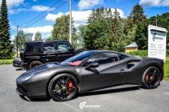 Ferrari helfoliert i Matt Diamond Black fra PWF-8