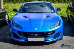 Ferrari helfoliert med Matt Anodized Blue fra PWF-11