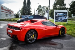 Ferrari Spider helfoliert med Gloss Hot Rod Red fra 3M-10