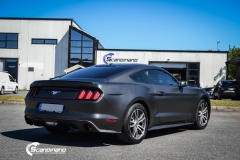 Ford Mustang foliert Matt Diamond Black Metallic Scandinano-5