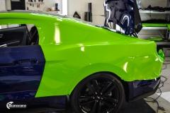 Ford Mustang helfoliert i Gloss Light Green fra 3M (1 из 12)