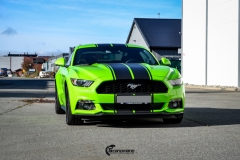 Ford Mustang helfoliert i Gloss Light Green fra 3M (10 из 12)