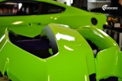 Ford Mustang helfoliert i Gloss Light Green fra 3M (2 из 12)