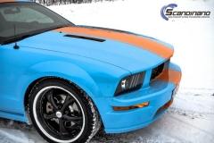 Ford Mustang -Helfoliert med -Baby Blue- -Striper dekor -Solfilm--4