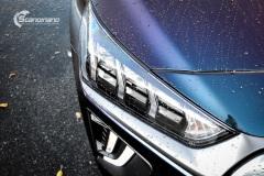 Hyundai Ioniq helfoliert i Gloss Flip Deep Space fra 3M