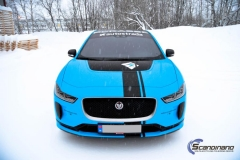Jaguar I-Pace Helfoliert i Avery Light Blue Gloss med dekor-0419