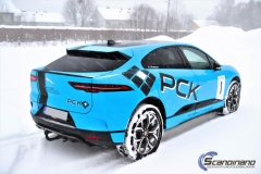 Jaguar I-Pace Helfoliert i Avery Light Blue Gloss med dekor-0425