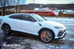Lamborghini Urus helfoliert med Satin Frozen Vanilla-18