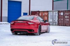 Maserati foliert i gloss dragon red 3m-6
