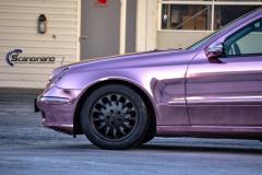 Mercedes Benz foliert med Rose Gold Chrome