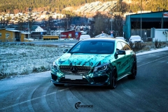 Mercedes CLA Shootingbrake AMG foliert i turkis gronn krom med custom made design (6 из 10)
