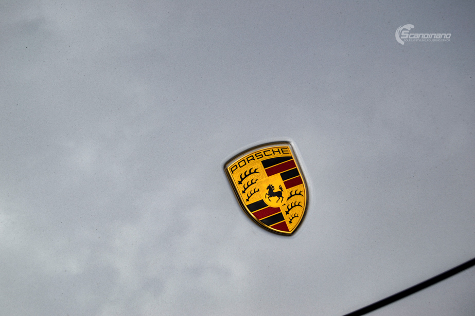 PORSCHE 911 helfoliert med lakkbeskyttelsesfilm fra STEK-11