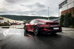 porsche 911 Turbo S helfoliert i Dragon Fire Red-11