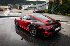 porsche 911 Turbo S helfoliert i Dragon Fire Red-12