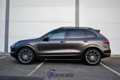Porsche-Cayenne-foliert-i-Black-Nero-Pearl-Scandinano_-6