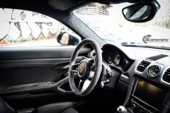 Porsche Cayman helfoliert med lakkbeskyttelsesfilm fra STEK-16