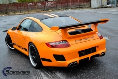 porsche-foliert-i-gloss-bright-orange-carbon-pa-pansertakspoiler-striper-7