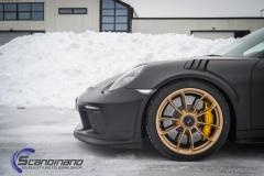 Porsche GT3 foliert med Black Gold, decor stripe-3