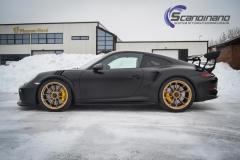 Porsche GT3 foliert med Black Gold, decor stripe-7