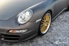 Porsche helfoliert i Satin Dark Grey fra 3M-12