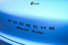 Porsche Macan helfolirt med Matt Anodized Blue 2.0 fra PWF-10