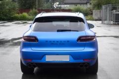 Porsche Macan helfolirt med Matt Anodized Blue 2.0 fra PWF-9
