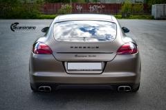 Porsche Panamera helfoliert med Matt Frozen Bronze fra Platinum Wrapping Film (6 из 20)