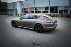 Porsche Panamera helfoliert med Matt Frozen Bronze fra Platinum Wrapping Film (8 из 20)