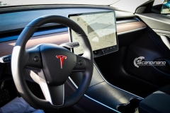 Tesla Model 3 foliert med Satin Dark Grey fra 3M_-3