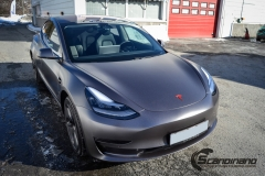 Tesla Model 3 foliert med Satin Dark Grey fra 3M_-5