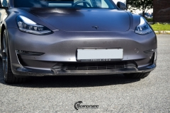 Tesla Model 3 helfoliert i Satin Dark Grey fra 3M-3